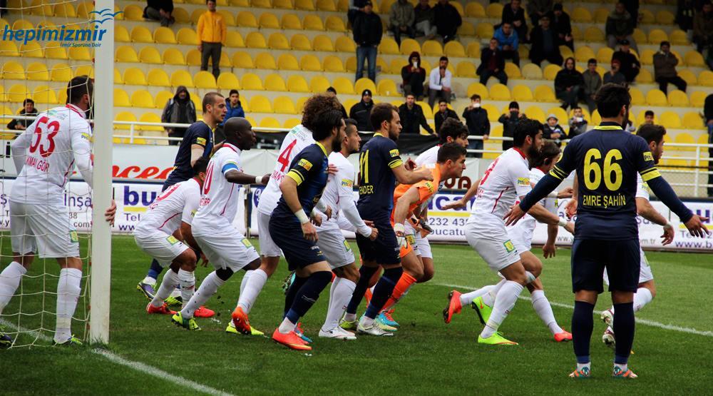 Fırtına Arenada Kan Kaybediyor Bucasporumuz 0-3 Antalya